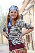 Setbezoek van het  tweede seizoen Dokter Tinus waar de opnamen in Woudrichem plaats vinden.<br /> <br /> Op de foto:  Juliette van Ardenne