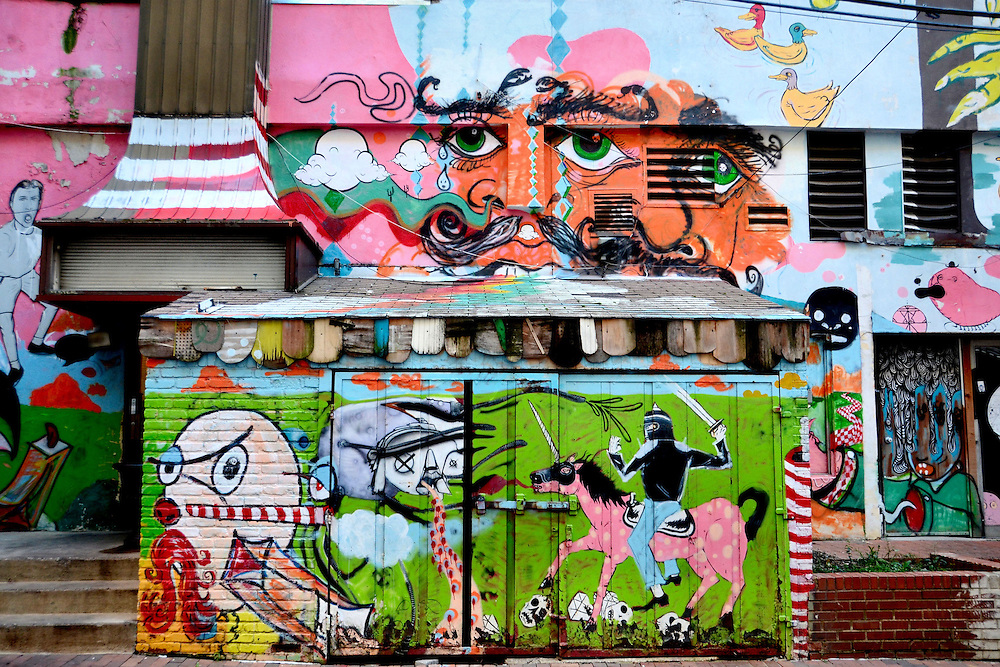 Alley Mural Near North Pearl Street in Columbus, Ohio<br />
