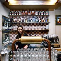 Nederland, Amsterdam , 14 december 2013.<br /> Cafe Huf in de Regulierdwarsstraat 43.<br /> <br /> Foto:Jean-Pierre Jans