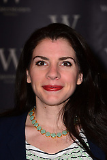 MAR 05 2013 Stephenie Meyer book signing