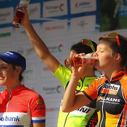 26th Thueringen Rundfahrt der Frauen Schmolln a glass of beer a Adrie Visser