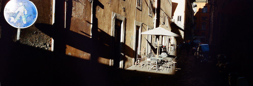 A street scene in the late afternoon light in Rome, Italy. 23rd July 2011. Photo Tim Clayton
