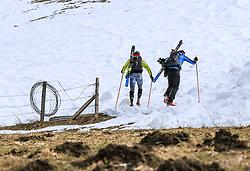 22.03.2018, Pichl-Preunegg bei Schladming, AUT, Red Bull Der lange Weg, Überquerung Alpenhauptkamm, längste Skitour der Welt, im Bild v. l. Philipp Reiter (GER), David Wallmann (AUT) // during the Red Bull Der lange Weg, crossing of the main ridge of the Alps, longest ski tour of the world, in Pichl-Preunegg near Schladming, Austria on 2018/03/22. EXPA Pictures © 2018, PhotoCredit: EXPA/ Martin Huber