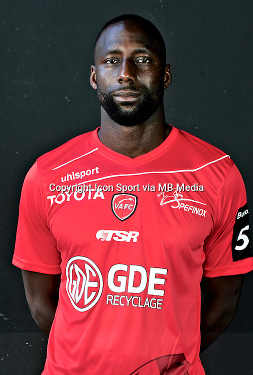 Sekou BARADJI - 06.10.2015 - Photo officielle Valenciennes - Ligue 2<br /> Photo : Francois Lo Presti / Icon Sport