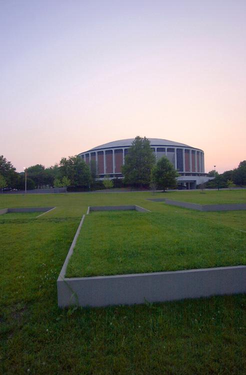 16546Walter Hall : Panoramic shot