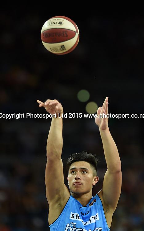 Reuben Te Rangi during the SkyCity Breakers v Melbourne United match. 2014/15 ANBL Basketball Season. Vector Arena, Auckland, New Zealand. Sunday 18 January 2015. Copyright Photo: Andrew Cornaga / www.photosport.co.nz