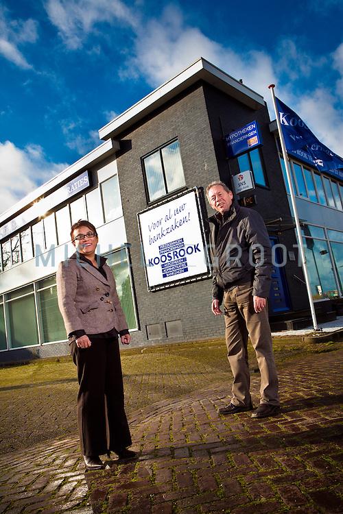 Huig Rook en Joyce Hagenaar van Koos Rook Bankzaken in Krimpen a/d IJssel, The Netherlands op 11 November, 2008. (Photo by Michel de Groot)
