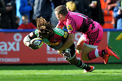 Marland Yarde of Harlequins scores his team's third try - Photo mandatory by-line: Patrick Khachfe/JMP - Mobile: 07966 386802 04/10/2014 - SPORT - RUGBY UNION - London - The Twickenham Stoop - Harlequins v London Welsh - Aviva Premiership