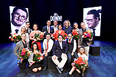 Première theatervoorstelling drs. Down!