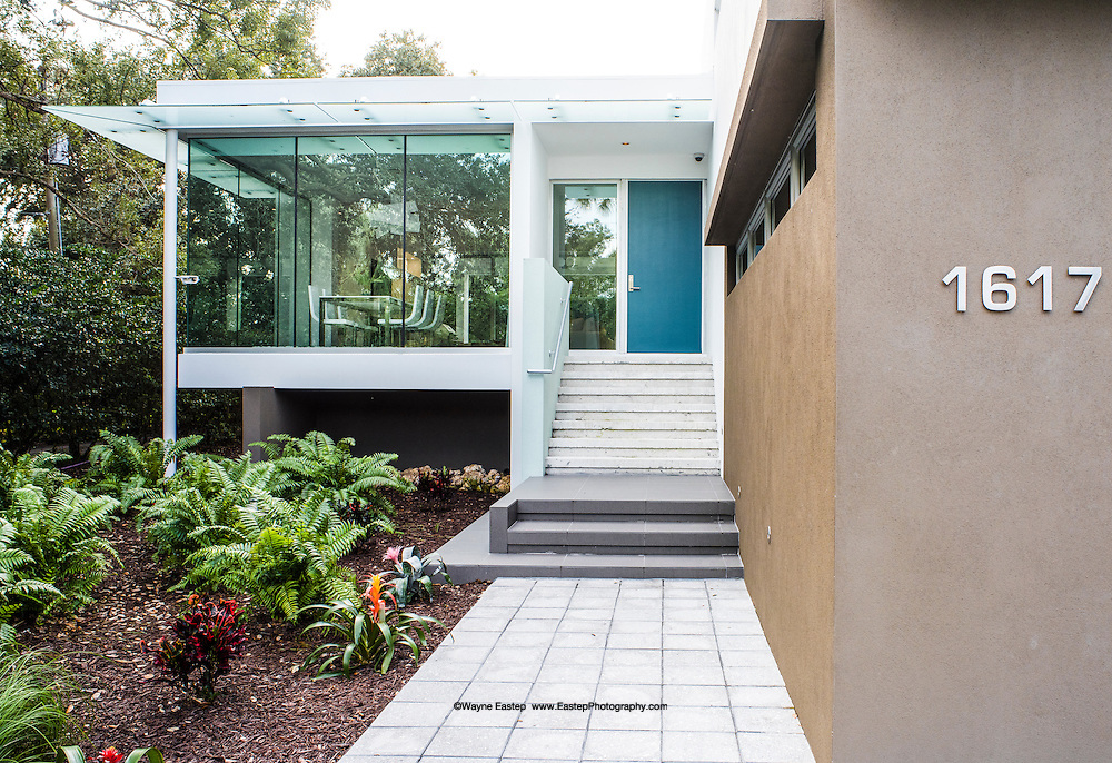 Front entrance and cantilevered dining room