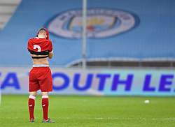 MANCHESTER, ENGLAND - Wednesday, March 14, 2018: Liverpool's Adam Lewis looks dejected after losing a penalty shoot-out 3-2 during the UEFA Youth League Quarter-Final match between Manchester City and Liverpool FC at the City Academy Stadium. (Pic by David Rawcliffe/Propaganda)