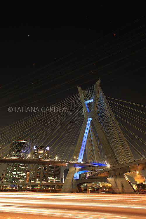 Octavio Frias de Oliveira Bridge.
