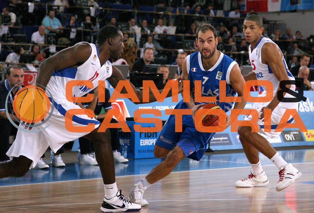DESCRIZIONE : Bydgoszcz Poland Polonia Eurobasket Men 2009 Qualifying Round Francia France Grecia Greece<br /> GIOCATORE : Vasileios Spanoulis<br /> SQUADRA : Grecia Greece<br /> EVENTO : Eurobasket Men 2009<br /> GARA : Francia France Grecia Greece<br /> DATA : 15/09/2009 <br /> CATEGORIA :<br /> SPORT : Pallacanestro <br /> AUTORE : Agenzia Ciamillo-Castoria/A.Vlachos<br /> Galleria : Eurobasket Men 2009 <br /> Fotonotizia : Bydgoszcz Poland Polonia Eurobasket Men 2009 Qualifying Round Francia France Grecia Greece<br /> Predefinita :