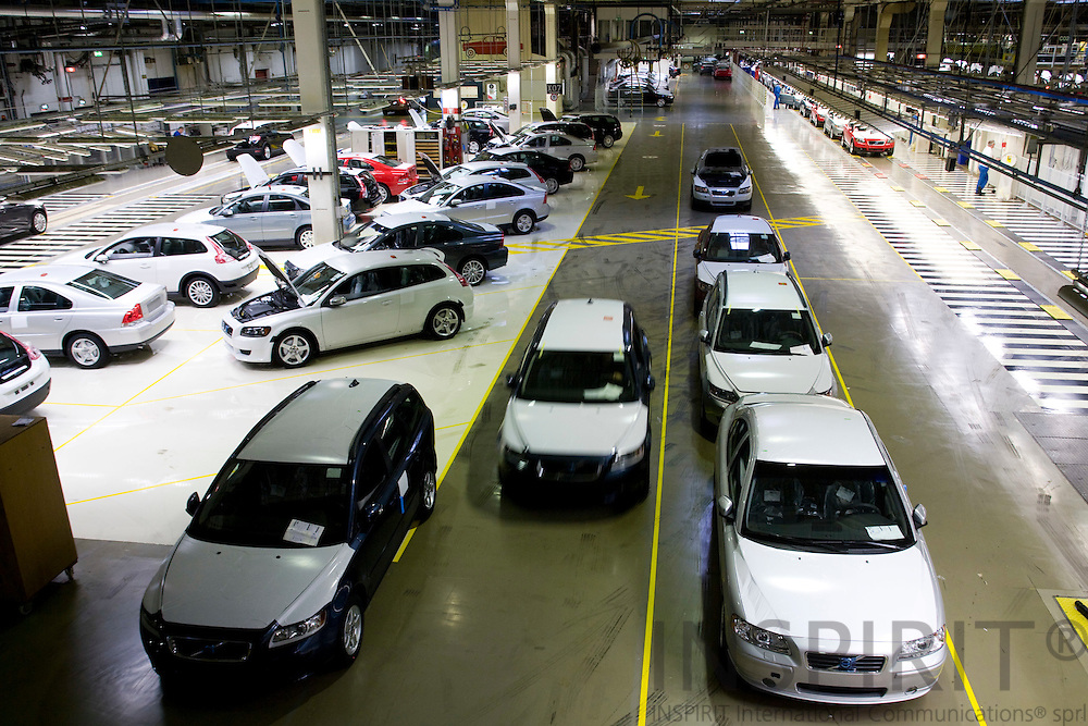 GHENT - BELGIUM - 01 APRIL 2008 --  Quality check after the cars left the assembly line at Volvo Cars Gent. Photo: Erik Luntang