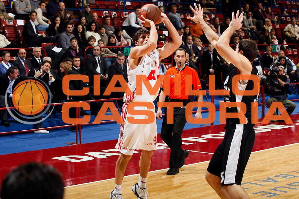 DESCRIZIONE : Milano Eurolega 2008-09 Armani Jeans Milano Partizan Igokea Belgrado<br /> GIOCATORE : Marco Mordente<br /> SQUADRA : Armani Jeans Milano<br /> EVENTO : Eurolega 2008-2009<br /> GARA : Armani Jeans Milano Partizan Igokea Belgrado<br /> DATA : 17/12/2008 <br /> CATEGORIA : Tiro<br /> SPORT : Pallacanestro <br /> AUTORE : Agenzia Ciamillo-Castoria/G.Cottini