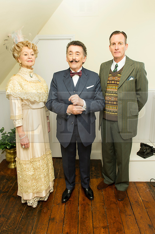 © Licensed to London News Pictures. 10/01/2014, UK. Liza Goddard, Robert Powell, Robin McCallum, Agatha Christie: Black Coffee - Photocall, 22 Cresswell Place, London UK (Former home of Agatha Christie), 10 January 2014. Photo credit : Raimondas Kazenas/Piqtured/LNP