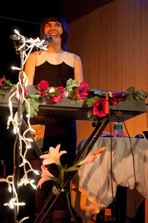 Krista Muir (autrefois Lederhosen Lucil) à la Casa del Popolo, mercredi 10 février 2010