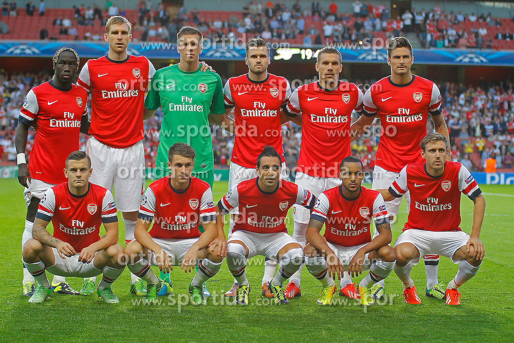 27.08.2013, Emirates Stadion, London, ENG, UEFA CL Qualifikation, FC Arsenal vs Fenerbahce Istanbul, Rueckspiel, im Bild The Arsenal team line up during the UEFA Champions League Qualifier second leg match between FC Arsenal and Fenerbahce Istanbul at the Emirates Stadium, United Kingdom on 2013/08/27. EXPA Pictures © 2013, PhotoCredit: EXPA/ Mitchell Gunn<br /> <br /> ***** ATTENTION - OUT OF GBR *****