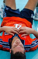 06-10-2002 ARG: World Champioships Netherlands - Brasil, Santa Fe<br /> Reinder Nummerdor/  NEDERLAND - BRAZILIE 0-3<br /> WORLD CHAMPIONSHIP VOLLEYBALL 2002 ARGENTINA<br /> SANTA FE / 06-10-2002