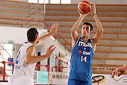 Porto San Giorgio, 05/06/07<br /> Basket, nazionale italiana maschile<br /> bianchi vs blu<br /> nella foto: tommaso fantoni<br /> foto ciamillo