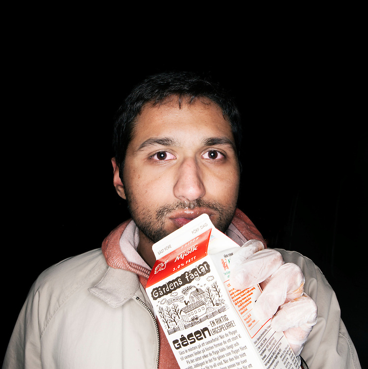Yielmaz Javed, after trying the Hara Kiri hot dog.<br /> <br /> ---<br /> <br /> Jesper and Sebastian started their business 3 years ago, in 2010. When they received their first shipment of secret spices, the box was printed with skull on it. This would have scared away any reasonable person, they decided to serve it on a hot dog!<br /> <br /> There are 3 conditions to be able to challenge the spiciest hot dog in the world : Be over 18, sign a disclaimer stating that you take the full responsibility of the consequences this might have on your health, and wear protective plastic gloves.<br /> <br /> The rules are simple : to win the contest you must finish this deadly sausage within 5 minutes without drinking or adding anything on it. Any spilling will be followed by a red card, sign of disqualification.<br /> The winner get a T-shirt certifying their exploit.<br /> <br /> &quot;We started this 3 years ago and I'm amazed that people still want to buy it!&quot; says Jesper like a bad kid proud of his evil prank.