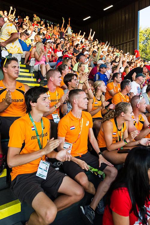 Netherlands fans cheering