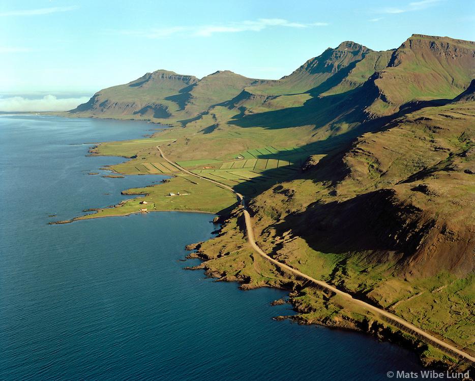 Hafranes, Reyðarfjörður, séð til suðausturs, Fjarðabyggð áður Fáskrúðsfjarðarhreppur / Hafranes in Reydarfjordur, viewing southeast, Fjardabyggd former Faskrudsfjardarhreppur.