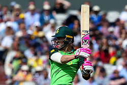 Faf du Plessis of South Africa goes on the attack - Mandatory by-line: Robbie Stephenson/JMP - 06/07/2019 - CRICKET - Old Trafford - Manchester, England - Australia v South Africa - ICC Cricket World Cup 2019 - Group Stage