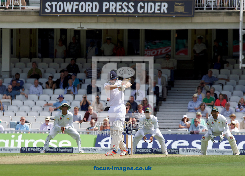 Chris Woakes of England batting during Day Four of the fourth Investec Test Match at the Kia Oval, London<br /> Picture by Alan Stanford/Focus Images Ltd +44 7915 056117<br /> 14/08/2016