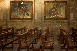 Localizada no centro da cidade de Caxias do Sul, a Igreja São Pelegrino conta com diversos afrescos de Aldo Locatelli, artísta plástico ítalo-brasileiro, falecido, que retratou a saga dos imigrantes. FOTO: Lucas Uebel/Preview.com