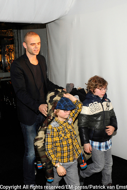 Uitslag Finale The Voice of Holland 2012.<br /> <br /> Op de foto:  Sander van Eeden ( ex partner Trijnthe oosterhuis ) met kinderen