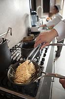 Heating spaghettin on a hob