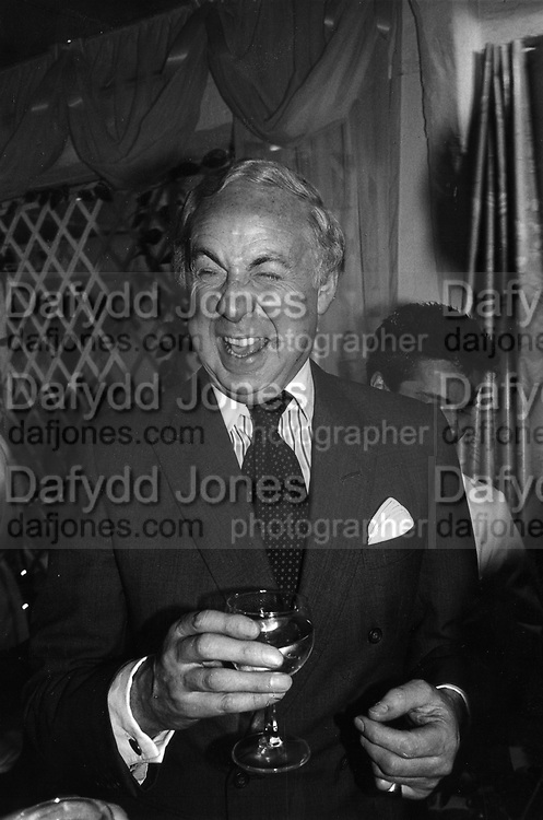 David Ashton-Bostock at Townhouse Interiors 4/3/1986ONE TIME USE ONLY - DO NOT ARCHIVE  © Copyright Photograph by Dafydd Jones 66 Stockwell Park Rd. London SW9 0DA Tel 020 7733 0108 www.dafjones.com