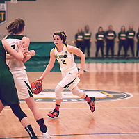 4th year guard, Michaela Kleisinger (2) of the Regina Cougars during the Women's Basketball Home Game on Fri Feb 01 at Centre for Kinesiology,Health and Sport. Credit: Arthur Ward/Arthur Images