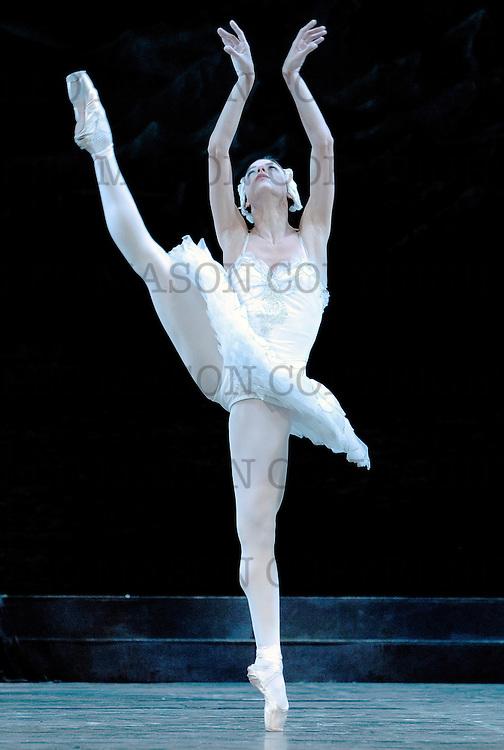 2010 Swan Lake<br /> Ballet Nacional de Cuba<br /> London Coliseum UK<br /> Odette: Viengsay Valdes