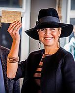 6-10-2017- Amersfoort  Koningin Maxima bezoekt vrijdagmiddag 6 oktober 2017 het 5e Lerarencongres in Amersfoort. Het tweedaagse congres is van en voor leraren in het primair, voortgezet, speciaal en middelbaar beroepsonderwijs. De conferentie, georganiseerd door de Onderwijsco&ouml;peratie, vindt plaats bij ROC Midden Nederland.Copyright Robin Utrecht<br /> <br /> 6-10-2017- Amersfoort Queen Maxima visits the 5th Teacher's Congress in Amersfoort on Friday 6 October 2017. The two-day conference is for and for teachers in primary, secondary, special and secondary vocational education. The conference, organized by the Education Cooperative, takes place at ROC Midden Nederland.Copyright Robin Utrecht