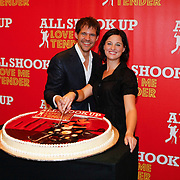 NLD/Amsterdam/20091007 - Perspresentatie All Shook Up - Love me Tender, Rene van Kooten, Brigitte Heitzer