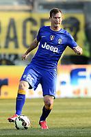 Stephan Lichtsteiner<br /> Parma 11-04-2015 Stadio Tardini, Football Calcio Serie A Parma - Juventus Foto Image Sport / Insidefoto