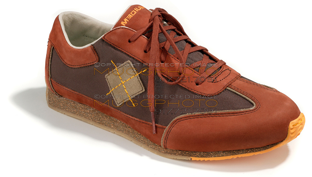 medium brand leather sneakers with argyle decoration