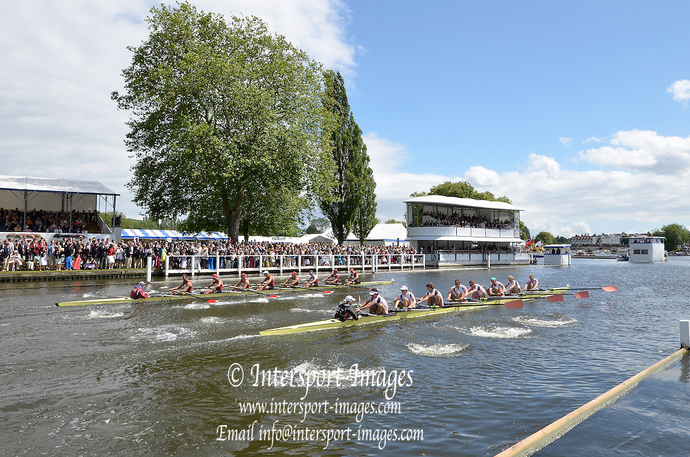 Henley, GREAT BRITAIN. Ladies  Challenge Plate Leander club and Harvard University, the final at 2012 Henley Royal Regatta.  ..Sunday  15:15:58  01/07/2012. [Mandatory Credit, Peter Spurrier/Intersport-images]...Rowing Courses, Henley Reach, Henley, ENGLAND . HRR.