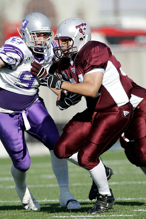(3 November 2007 -- Ottawa) The University of Ottawa Gee Gees lost to the University of Western Ontario Mustangs 16-23 in OUA football semi-final action in Ottawa. The University of Ottawa Gee Gee player pictured in action is davie mason34\