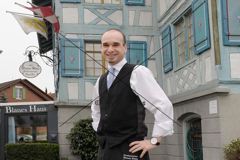 11. Apr.2012; Kreuzlingen; Claudio Piras im Restaurant Blaues Haus am Bierhahn<br />  (Andreas Meier/freshfocus)