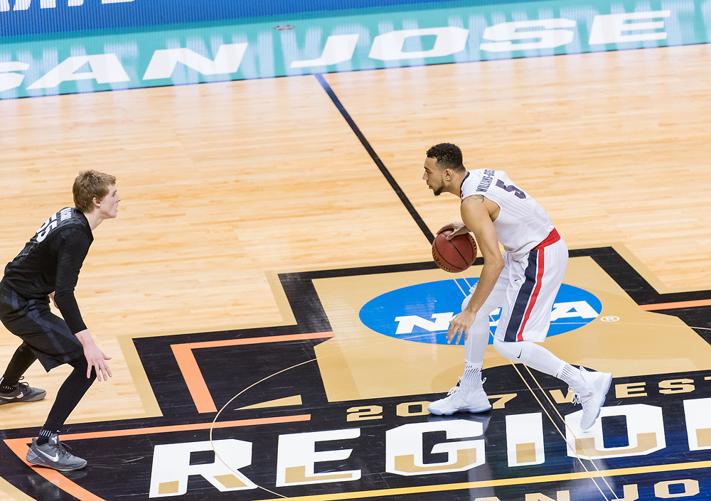 Gonzaga Men's Basketball beat Xavier 83 - 59 in the Elite Eight to advance to the first Final Four in school history on March 25th, 2017 in the SAP Center in San Jose, CA. (Photo by Edward Bell)