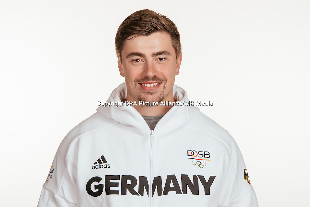 David Storl poses at a photocall during the preparations for the Olympic Games in Rio at the Emmich Cambrai Barracks in Hanover, Germany, taken on 15/07/16 | usage worldwide