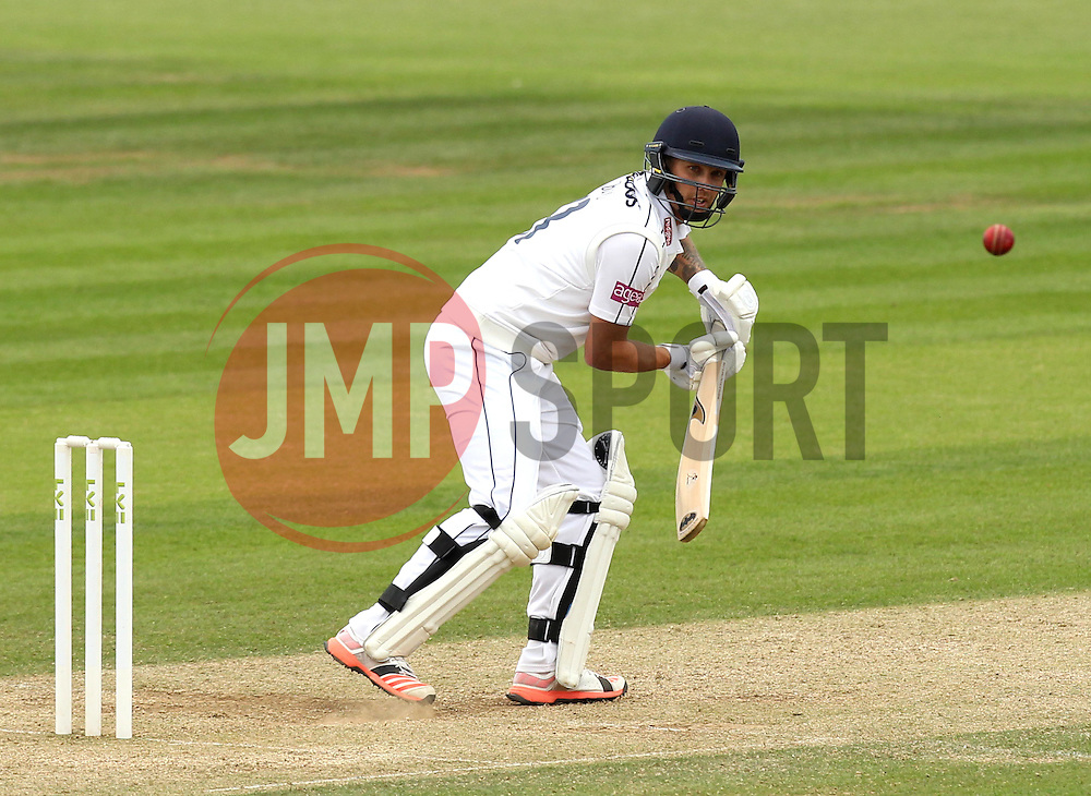 Hampshire's Gareth Berg - Photo mandatory by-line: Robbie Stephenson/JMP - Mobile: 07966 386802 - 23/06/2015 - SPORT - Cricket - Southampton - The Ageas Bowl - Hampshire v Somerset - County Championship Division One