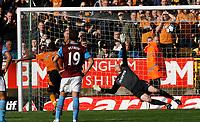 Photo: Steve Bond/Richard Lane Photography. Wolverhampton Wanderers v Aston Villa. Barclays Premiership 2009/10. 24/10/2009. Sylvan Ebanks-Blake, (L) blasts the penalty past keeper Brad Friedel
