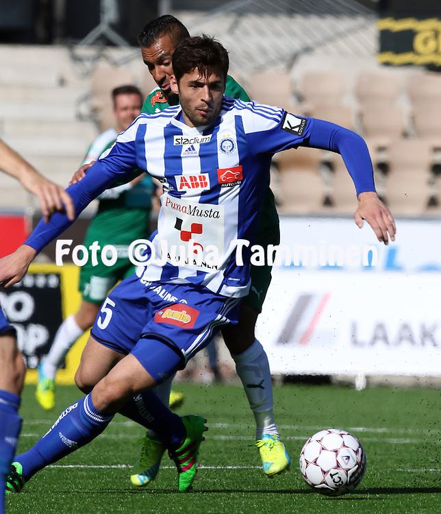 2.4.2016, Sonera Stadion, Helsinki.<br /> Veikkausliiga 2016.<br /> Helsingin Jalkapalloklubi - IFK Mariehamn.<br /> Lum Rexhepi (HJK) v Diego Assis (IFK Mhamn).