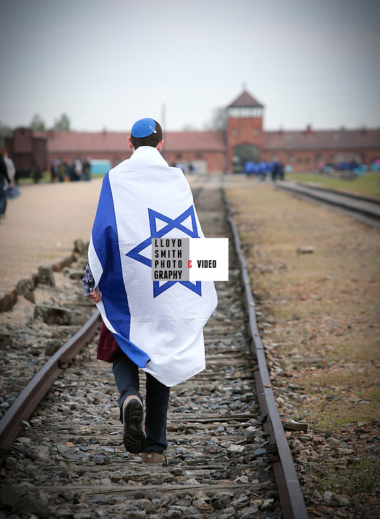 LFA Visit to Auschwitz with schools from Leeds  4 th May 2016