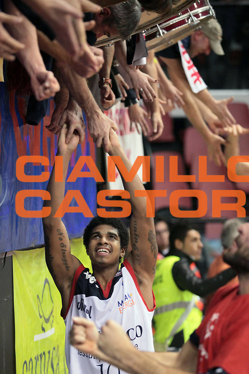 DESCRIZIONE : Biella Lega A 2010-11 Angelico Biella Air Avellino<br /> GIOCATORE : Edgar Sosa<br /> SQUADRA : Angelico Biella<br /> EVENTO : Campionato Lega A 2010-2011<br /> GARA : Angelico Biella Air Avellino<br /> DATA : 28/11/2010<br /> CATEGORIA : Esultanza<br /> SPORT : Pallacanestro<br /> AUTORE : Agenzia Ciamillo-Castoria/S.Ceretti<br /> Galleria : Lega Basket A 2010-2011<br /> Fotonotizia : Biella Lega A 2010-11 Angelico Biella Air Avellino<br /> Predefinita :