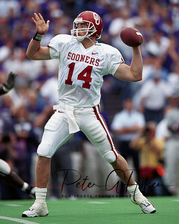 Oklahoma quarterback Josh Heupel drops back to pass against Kansas State at KSU Stadium in Manhattan, Kansas in 2000.